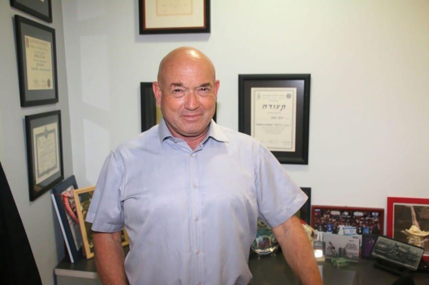 ד״ר יוני ירום, רופא ספורט ems club