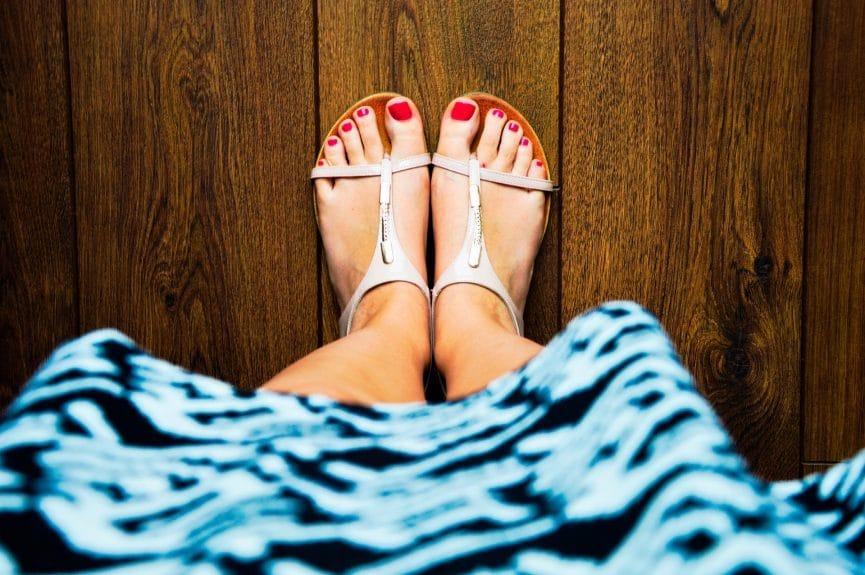 איך להרזות ברגליים