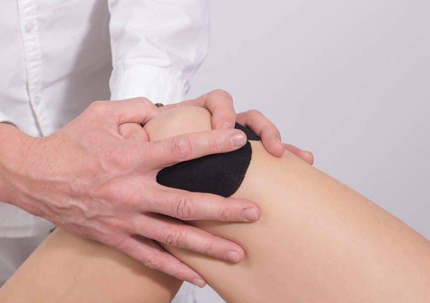 כיצד אימון EMS משפיע על כאבי ברכיים