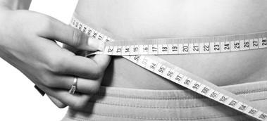 איך להיפטר מעודפי עור לאחר שירדתם במשקל